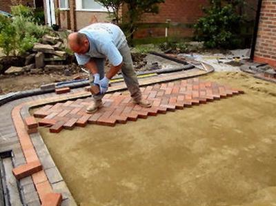 Укладка тротуарной плитки своими руками видео на цемент
